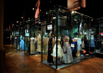 Fashion & Textile Gallery, long view[5]