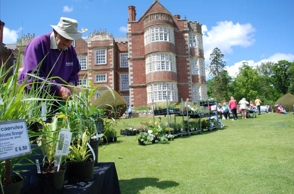 Be Inspired At Burton Agnes Hall S Gardeners Fair Great